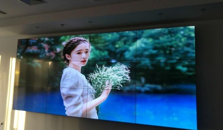 上海素希55寸液晶拼接屏成功助力苏州体育馆